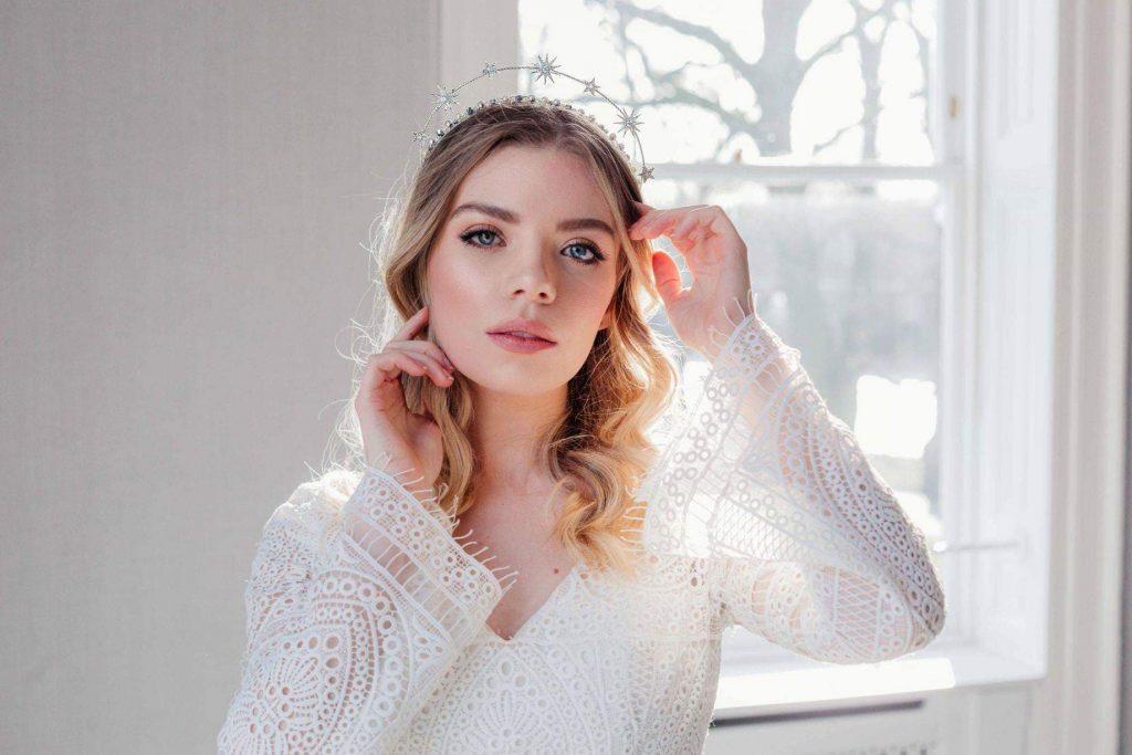 Ideas for a Winter Wedding Bridal headpiece