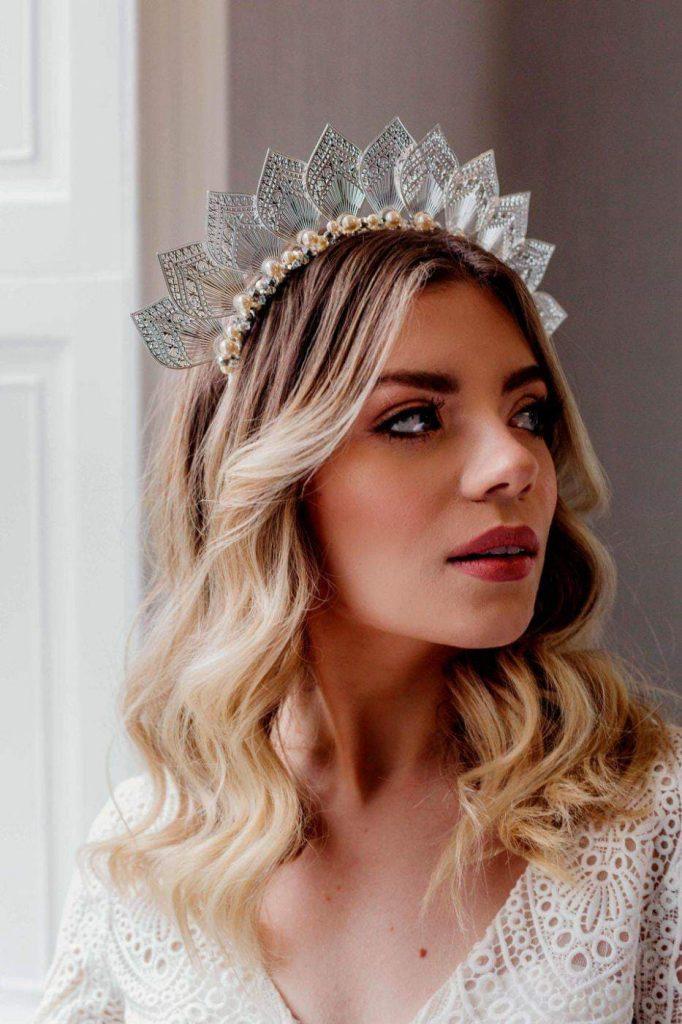 Unique Bridal Headpiece for your Winter Wedding