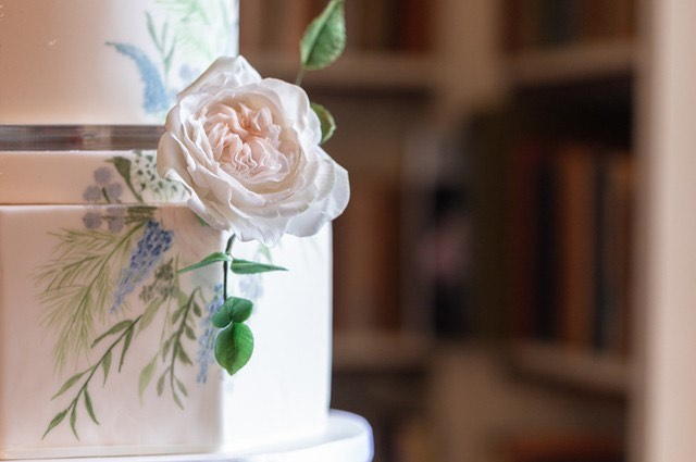 Ideas for your Winter Wedding Cake