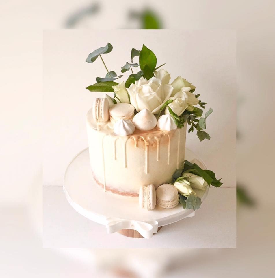 Ideas for small wedding cakes