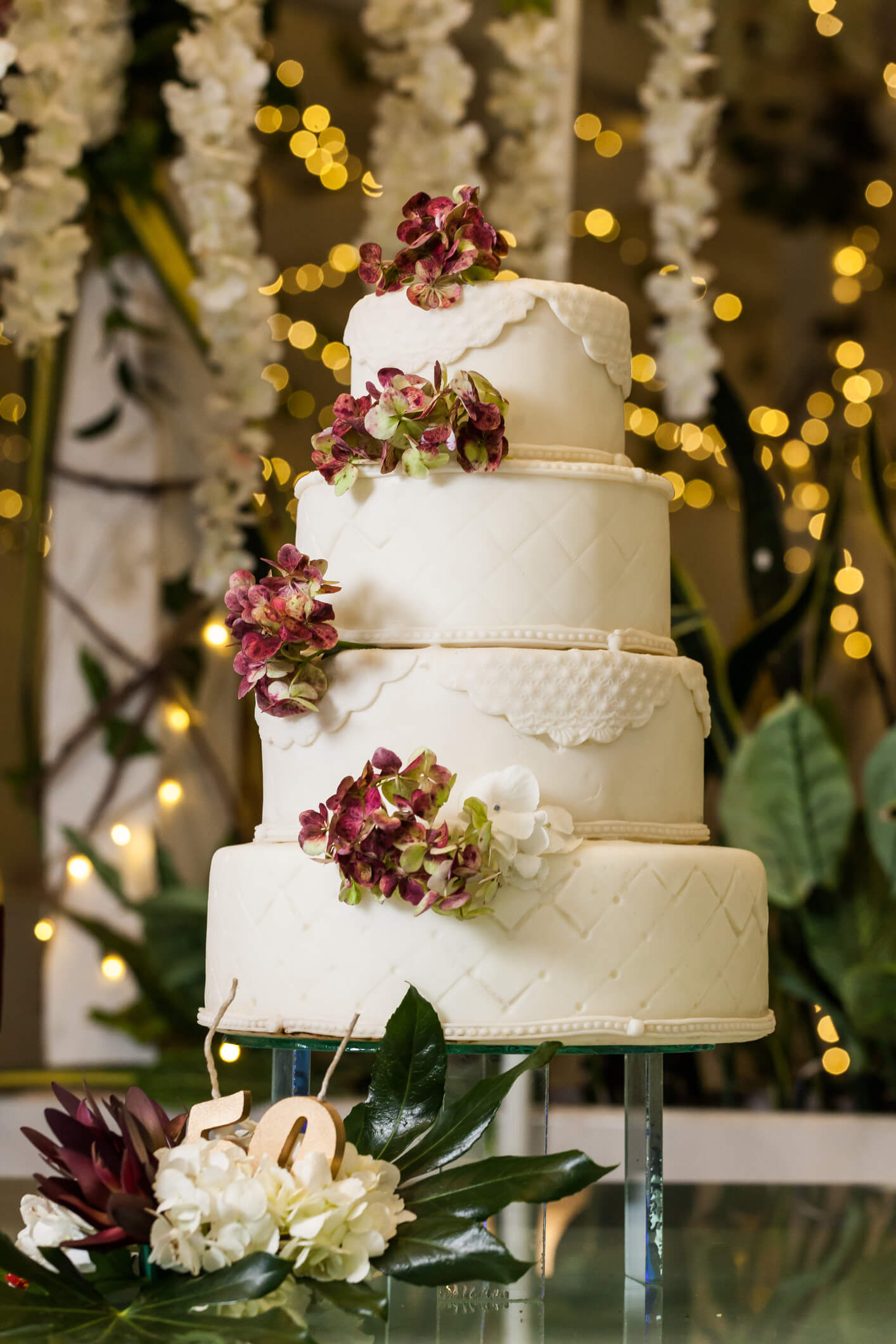 Ideas and Design for your Winter Wedding Cake