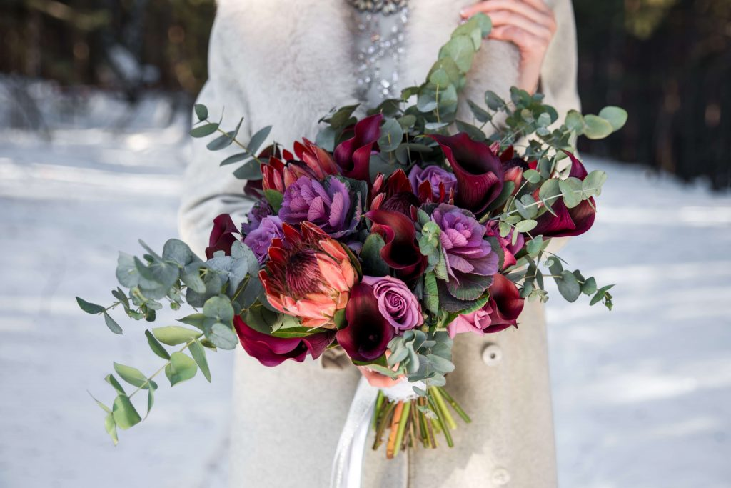 Ideas and Inspiration for your Winter Wedding Flowers